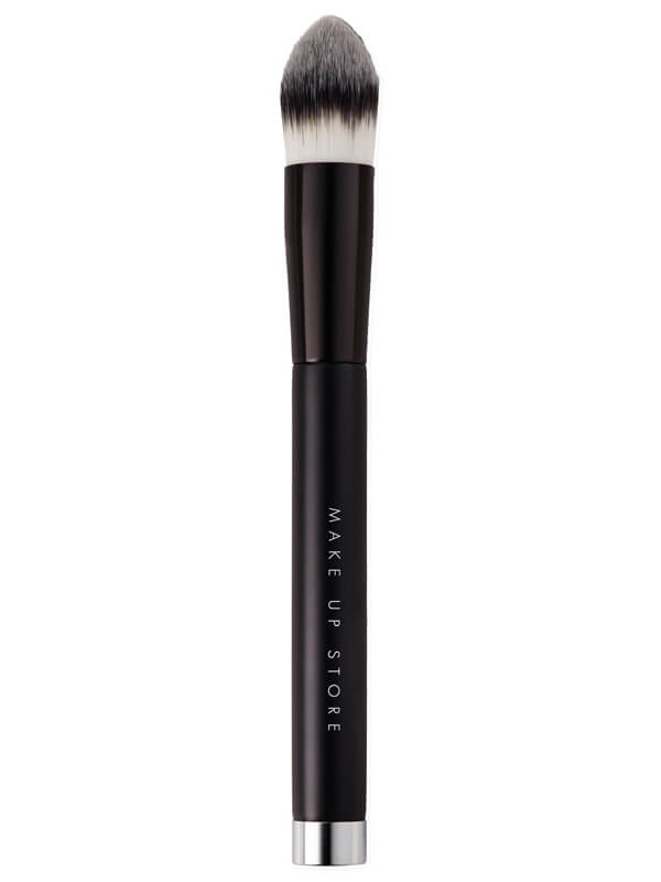 Make Up Store Brush Precision Found #408