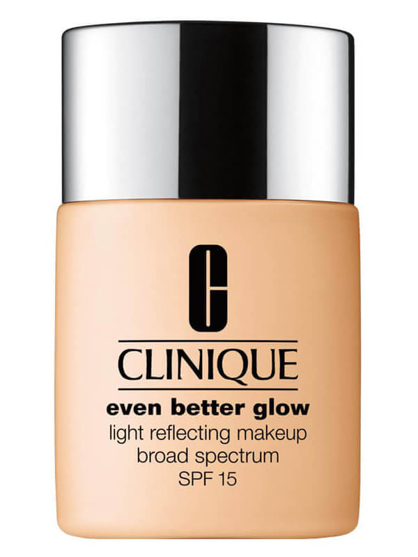 Clinique Even Better Glow Light Reflecting Makeup SPF15 i gruppen Smink / Bas / Foundation hos Bangerhead (B038687r)