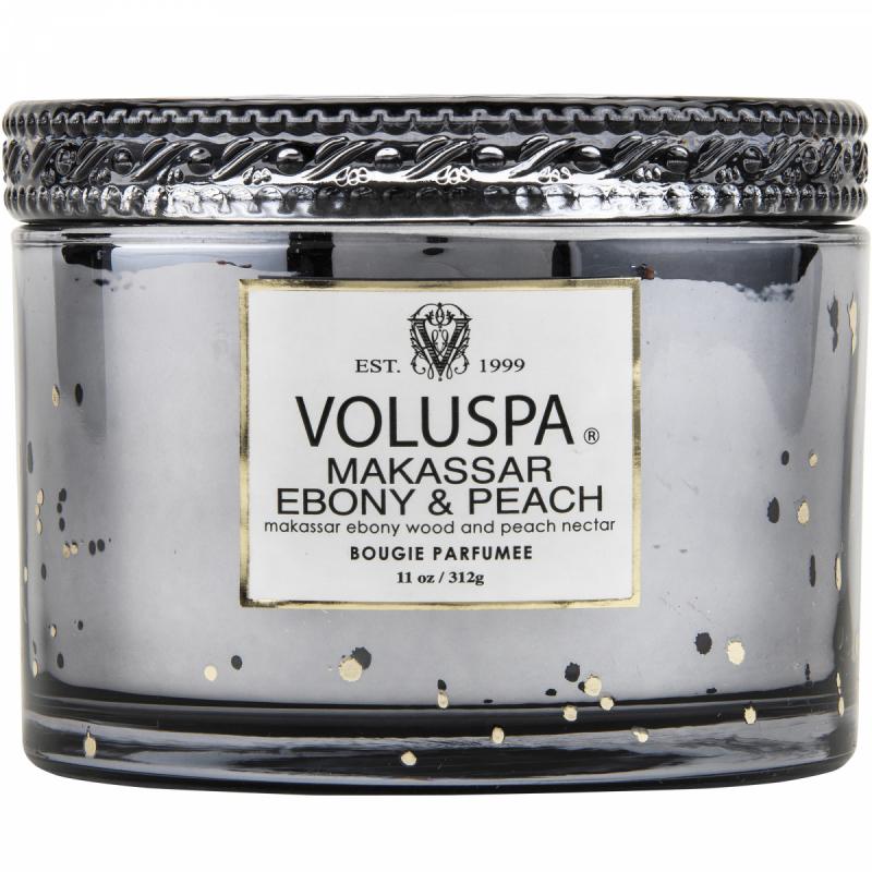 Voluspa Makassar Ebony & Peach 312 G i gruppen Kroppsvård & spa / Hem & Spa / Doftljus hos Bangerhead (B037296)