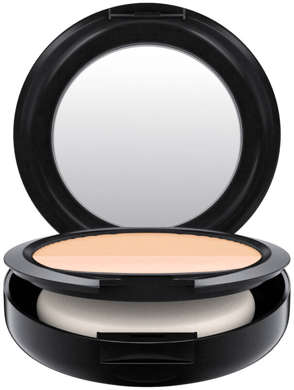 Mac Cosmetics Studio Waterweight Powder/Pressed i gruppen Makeup / Bas / Puder hos Bangerhead (B040418r)