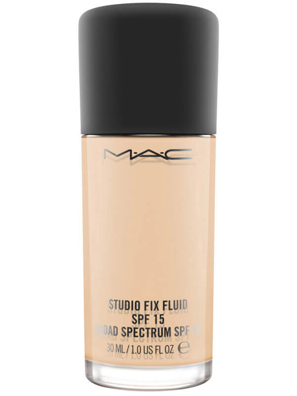 Mac Cosmetics Studio Fix Fluid SPF 15 Foundation i gruppen Makeup / Bas / Foundation hos Bangerhead (B040898r)