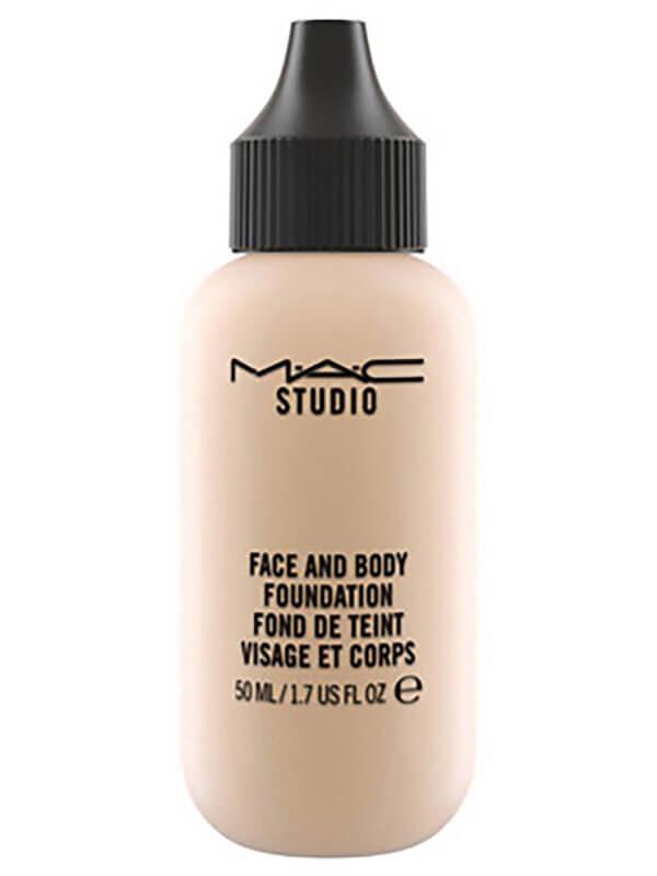 Mac Cosmetics Studio Face And Body Foundation 50ml i gruppen Makeup / Base / Foundation hos Bangerhead.no (B040621r)
