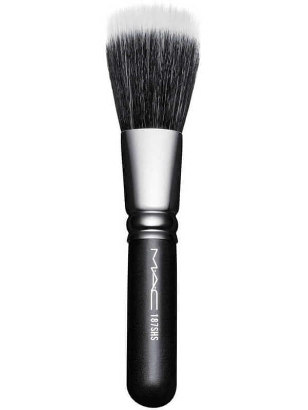 MAC Cosmetics Brushes 187 Sh Duo Fibre Face i gruppen Makeup / Børster & verktøy / Børster for ansiktsmakeup hos Bangerhead.no (B040870)