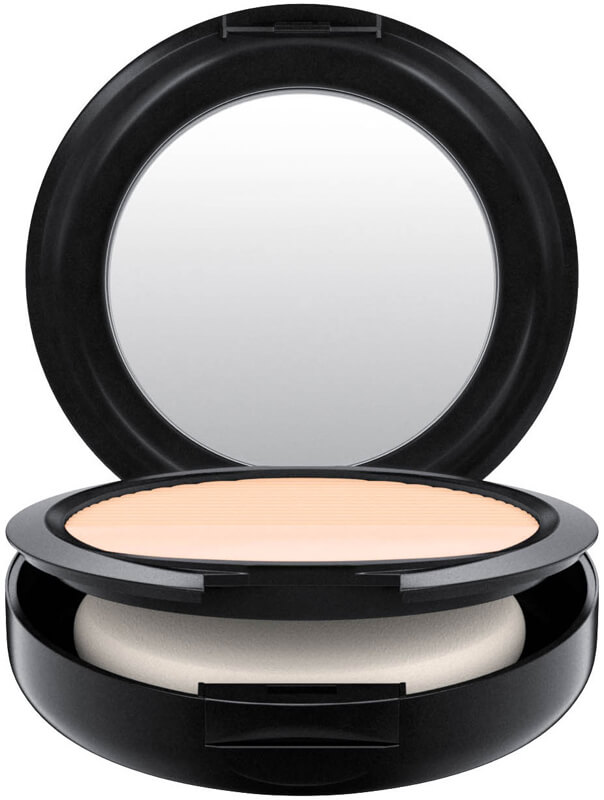 Mac Cosmetics Studio Waterweight Powder/Pressed i gruppen Makeup / Bas / Puder hos Bangerhead (B040418r)