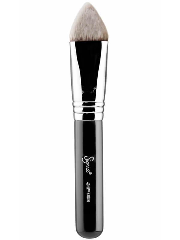 Sigma Beauty 4DHD Kabuki ryhmässä Meikit / Siveltimet & tarvikkeet / Kasvomeikkisiveltimet at Bangerhead.fi (B044632)
