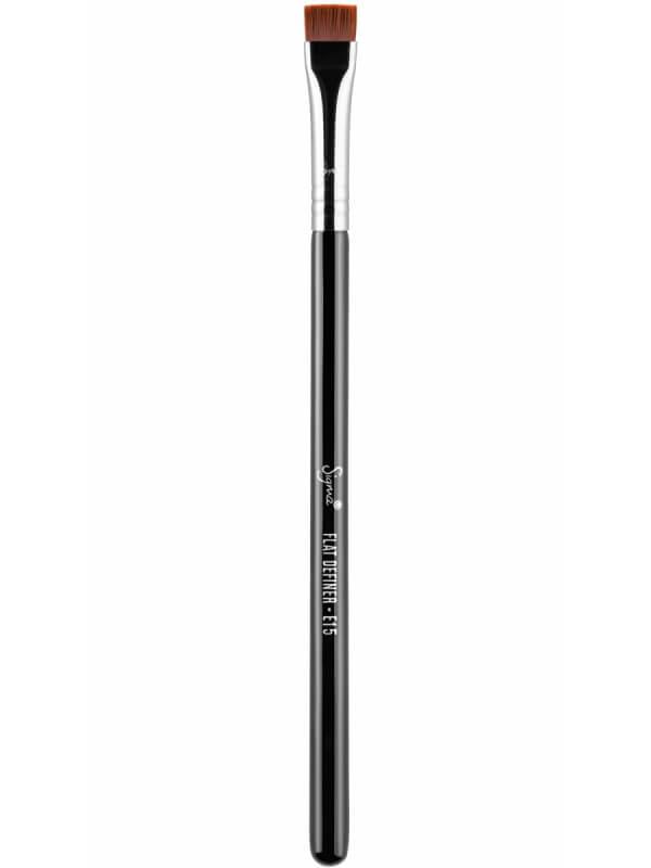 Sigma Beauty E15 Flat Definer Brush ryhmässä Meikit / Meikkisiveltimet / Eyeliner-siveltimet at Bangerhead.fi (B044646)