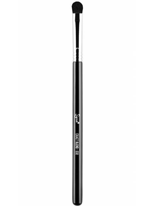 Sigma Beauty E32 Exact Blend Brush ryhmässä Meikit / Siveltimet & tarvikkeet / Silmämeikkisiveltimet at Bangerhead.fi (B044651)