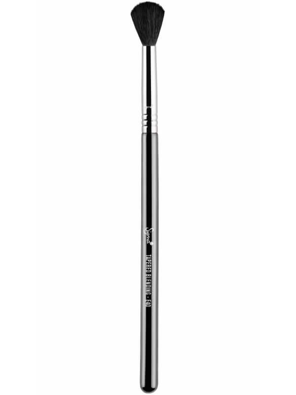 Sigma Beauty E40 Tapered Blending Brush ryhmässä Meikit / Siveltimet & tarvikkeet / Silmämeikkisiveltimet at Bangerhead.fi (B044655)
