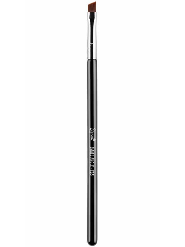 Sigma Beauty E65 Small Angle Brush ryhmässä Meikit / Siveltimet & tarvikkeet / Silmämeikkisiveltimet at Bangerhead.fi (B044663)