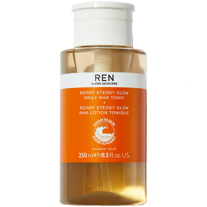 REN Ready Steady Glow Daily AHA Tonic (250ml) i gruppen Hudvård / Ansiktsvatten & essence / Ansiktsvatten & toner hos Bangerhead (B044938)