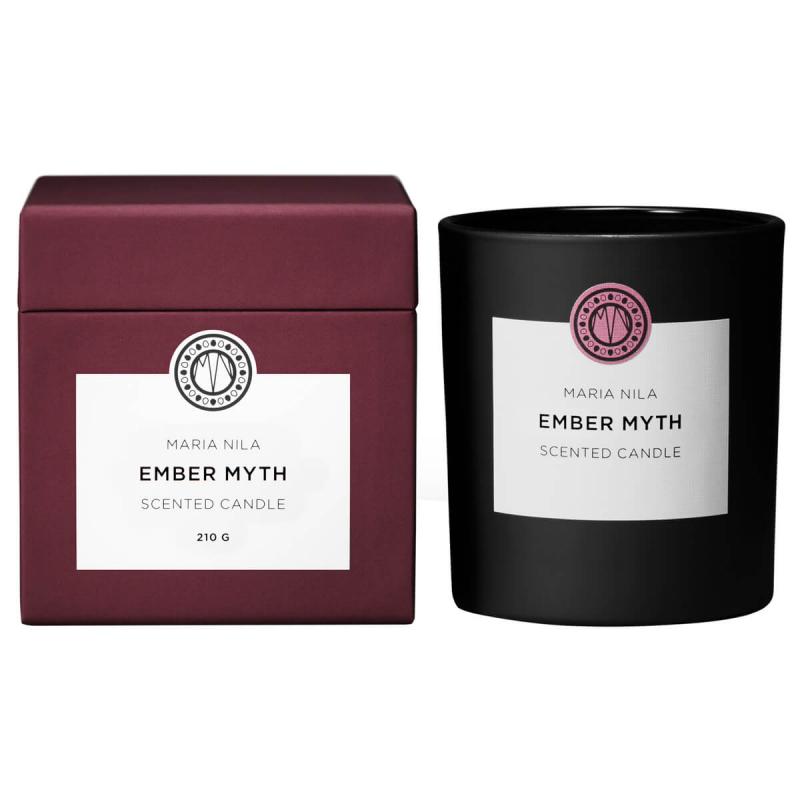 Maria Nila Candle Ember Myth ryhmässä Vartalonhoito & spa / Koti & Spa / Tuoksukynttilät at Bangerhead.fi (B047429)