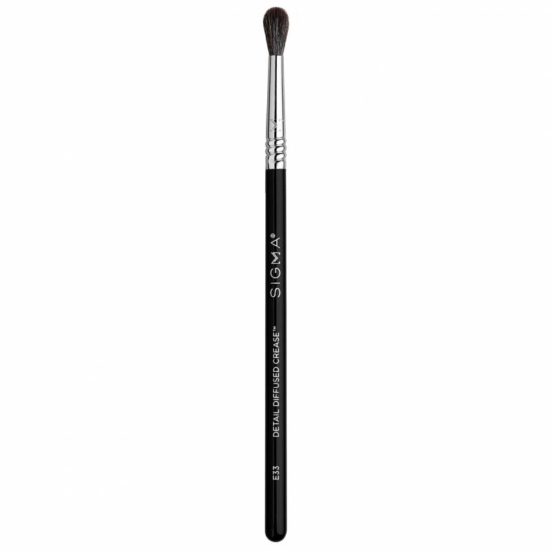 Sigma Beauty E33 Detail Diffused Crease Brush ryhmässä Meikit / Siveltimet & tarvikkeet / Silmämeikkisiveltimet at Bangerhead.fi (B053483)
